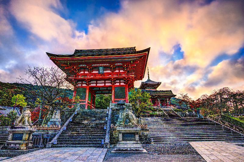 Geography Story: Magical Land of the Rising Sun: the most remarkable facts about Japan