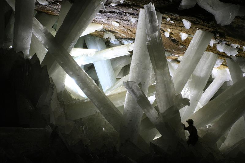 Geography Story: #17 Crystal Cave, Mexico