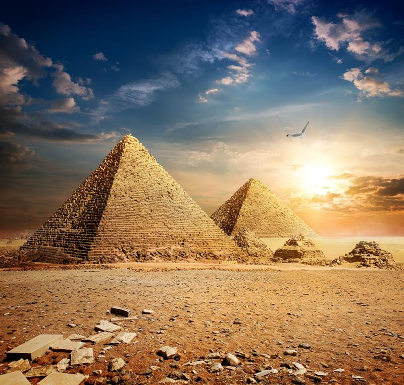 Geography Story: #8 Pyramids stand in the desert