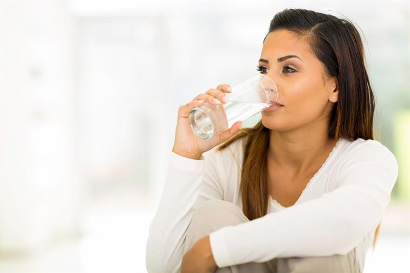 Science Story: Should we actually drink 2,5 liters of water a day?