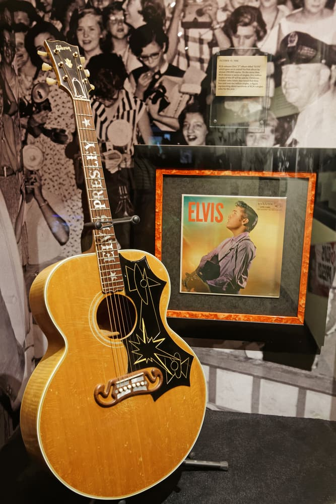 History Story: #3 Elvis got his first guitar at the age of 11