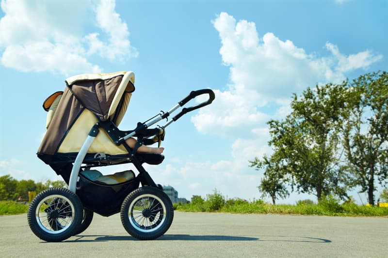 Science Story: Modern baby strollers are much more convenient and functional:
