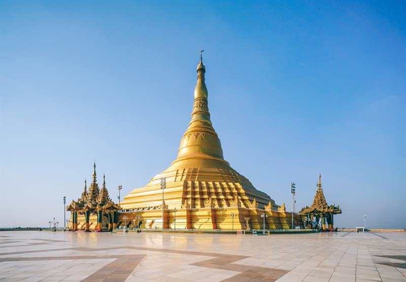 Geography Story: Some of the buildings in Naypyidaw are incredibly beautiful: