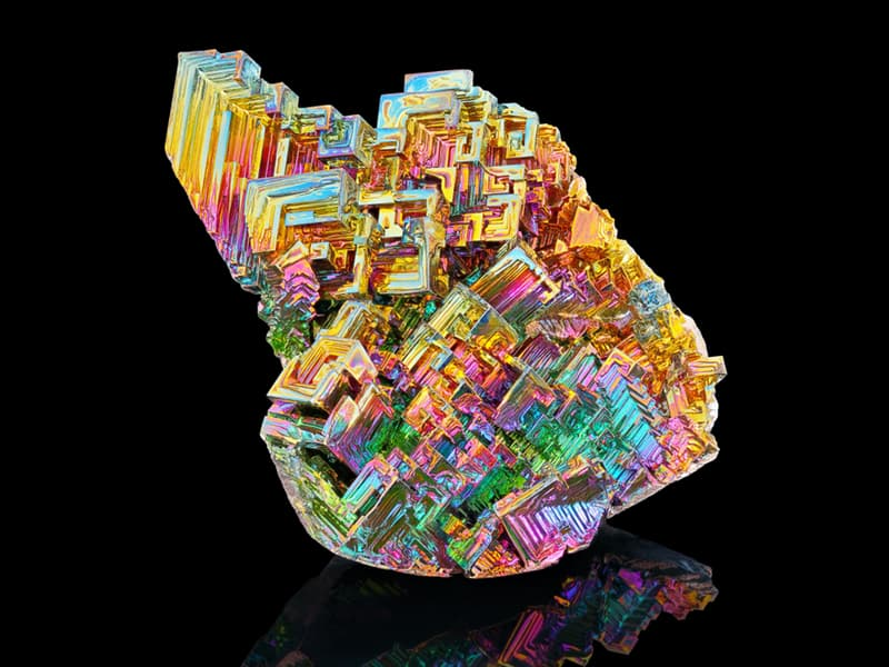 knowledge Story: #7 Bismuth is a brittle metal with a silvery white color but because of oxidation it gets a pink tone