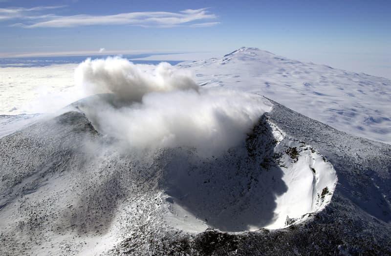Geography Story: #2 Erebus volcano