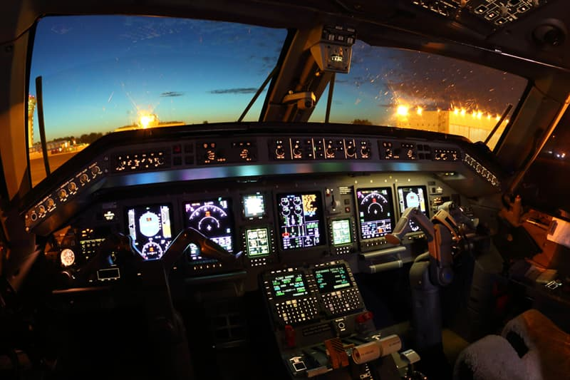 Society Story: How does autopilot work on an airplane?