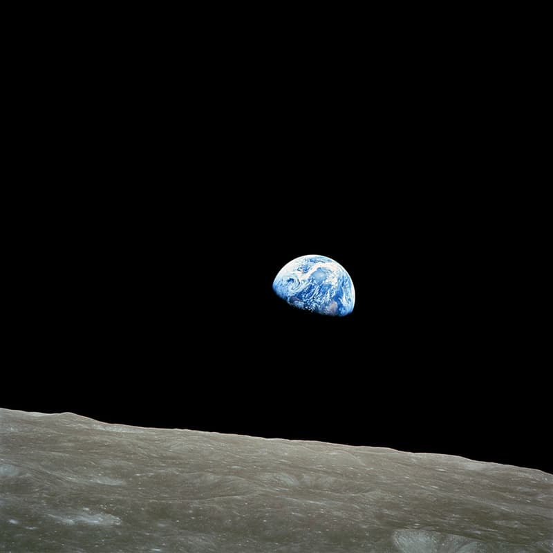 """History Story: #6 """"Earthrise"""" taken by astronaut William Anders during the Apollo 8 mission, 1968"""