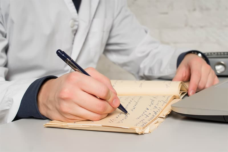 funny Story: #6 Sloppy handwriting leads to death