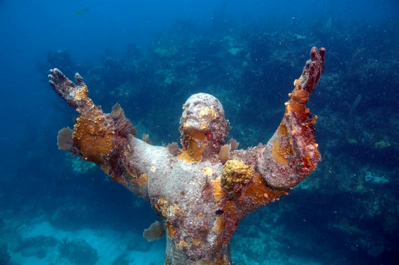 Geography Story: #7 Christ of the Abbys