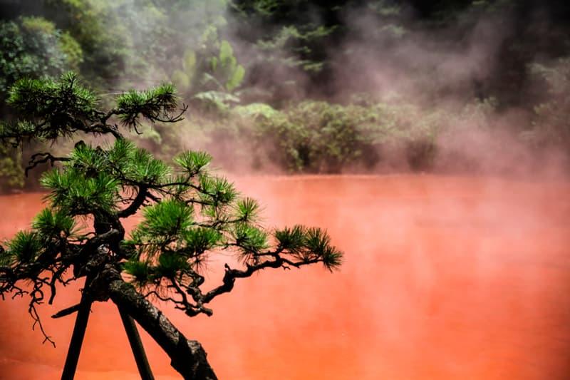 Geography Story: #6 Hot spring in Chinoike Jigoku