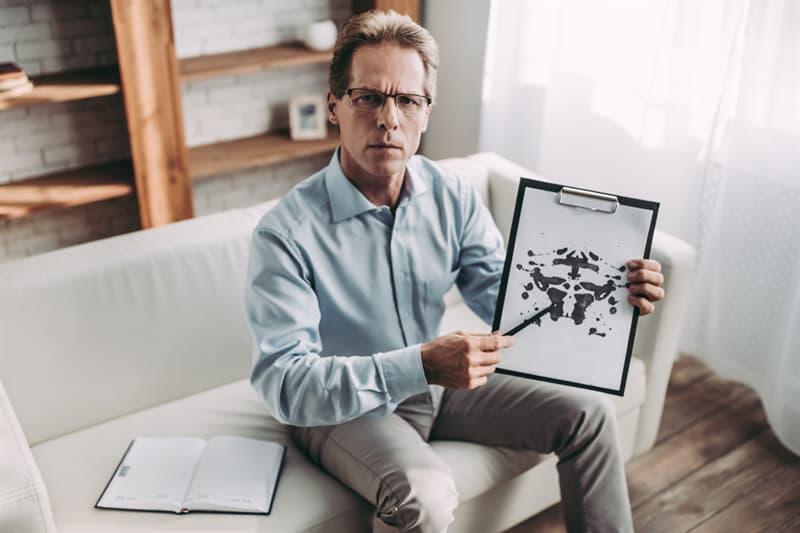 Society Story: #6 Rorschach Test helps to diagnose schizophrenia