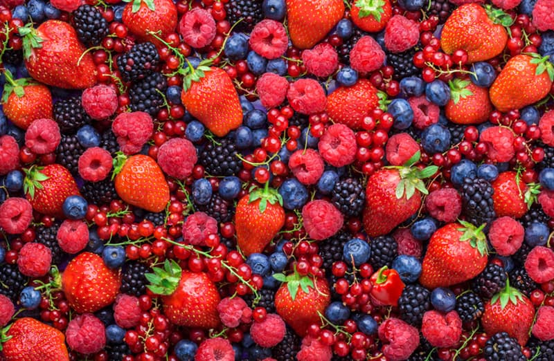 Science Story: There is a red sweet pepper hidden among these berries: