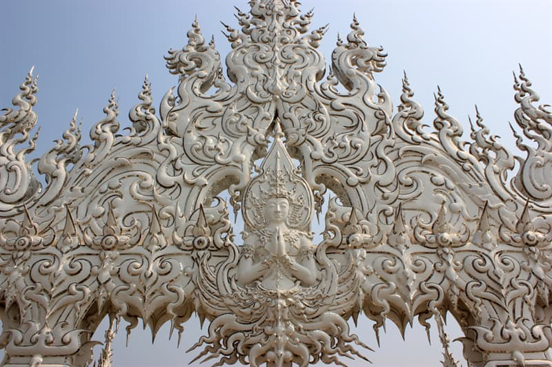 Culture Story: Wat Rong Khun: Heaven and Hell on Earth