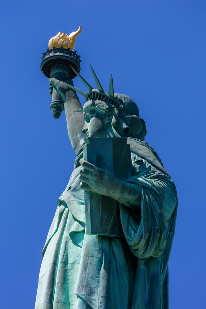 History Story: #5 The Statue of Liberty has a broken shackle and chain at her feet
