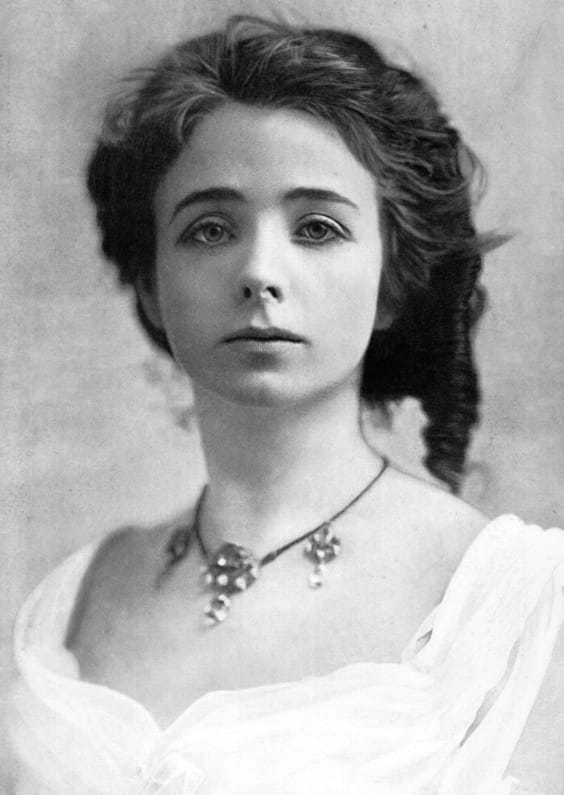 """History Story: #25 Maude Adams, an American actress who achieved her greatest success as the character Peter Pan, first playing the role in the 1905 Broadway production of """"Peter Pan; or, The Boy Who Wouldn't Grow Up"""""""