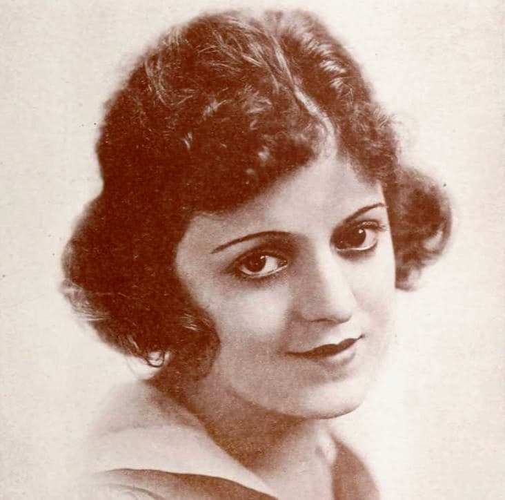 History Story: #3 Billie Rhodes, an American actress who began her career in 1913, and became a star of comedic shorts