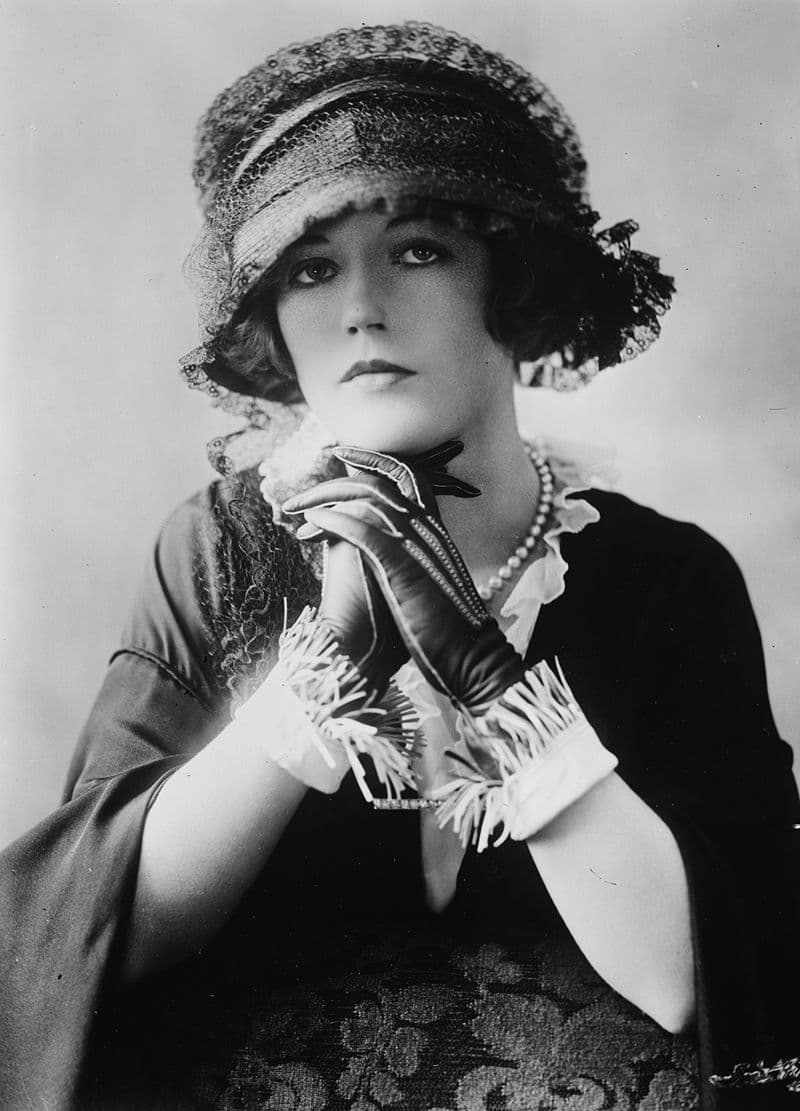 History Story: #8 Marion Davies, an American film actress, producer, screenwriter, and philanthropist