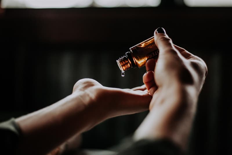 Science Story: aromatherapy with essential oils for headache relief