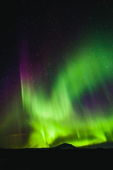Geography Story: Powerful Northern lights