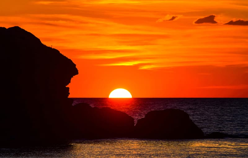 Culture Story: #3 Why is the sundown red and golden?