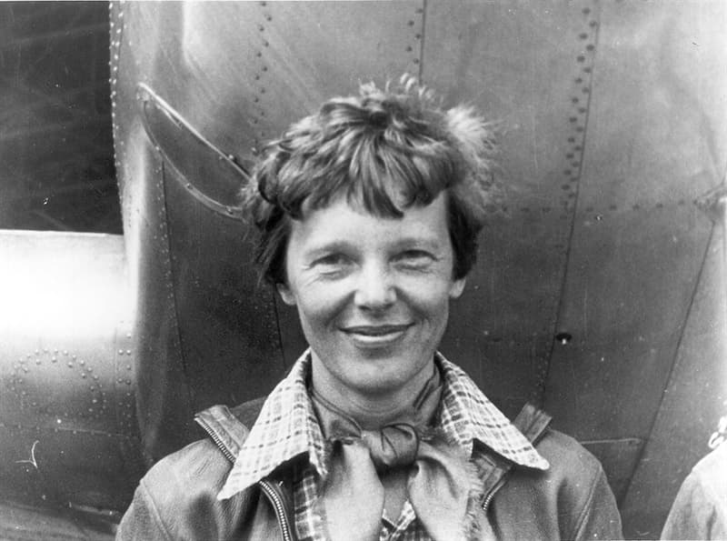 Society Story: #8 Amelia Earhart - the first woman to fly a plane across the Atlantic Ocean