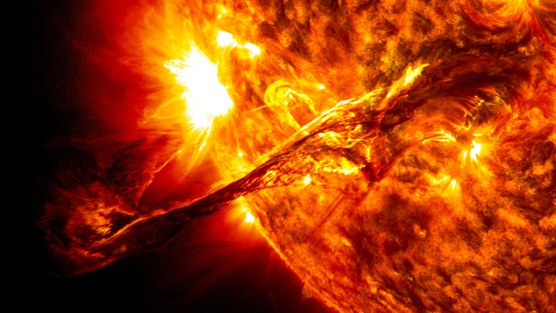 Science Story: #6 A giant prominence erupts on the Sun