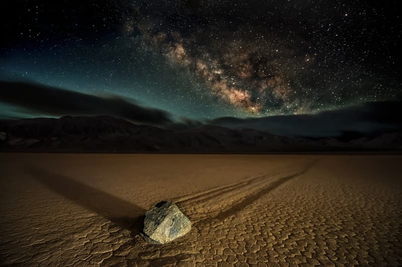 Nature Story: #1 Stones that move without any help in the Death Valley (California)