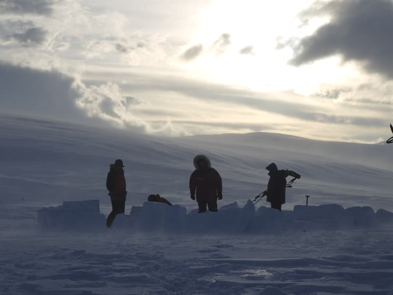 Culture Story: The most effective igloos are build from snow, not ice
