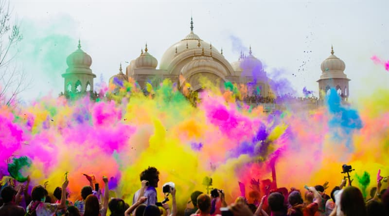 Culture Story: #4 Holi (the Festival of Colors) in India is the most colorful