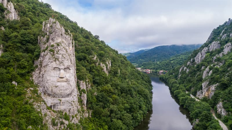 Culture Story: #5 Rock sculpture of Decebalus in Romania is the tallest rock relief in Europe