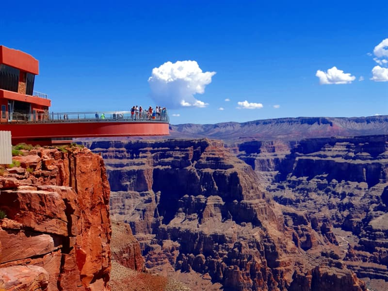 Geography Story: #5 Grand Canyon Skywalk