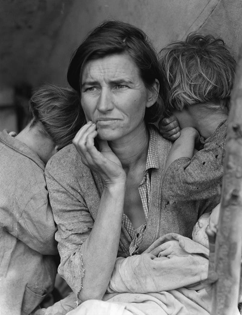 """History Story: #3 """"Migrant Mother"""" by Dorothea Lange became one of the most iconic images of the Great Depression. Florence Owens Thompson, the subject of the picture, was a mother of seven who lived in a camp of  jobless field workers"""