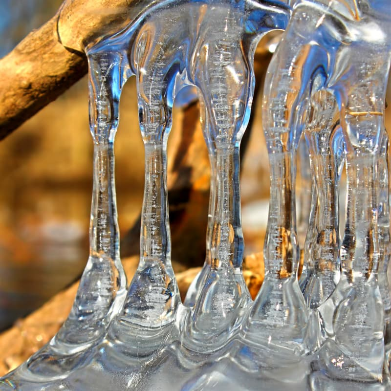 Geography Story: natural ice formations