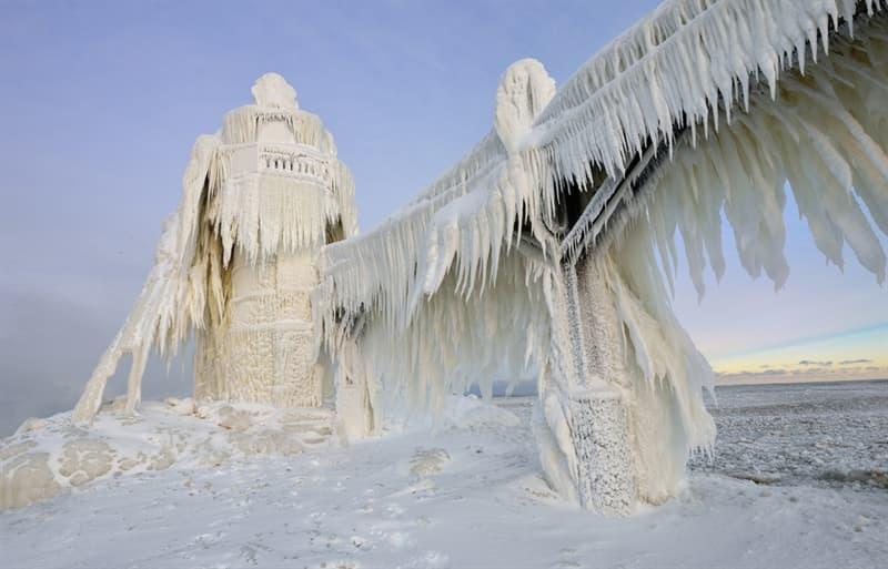 Geography Story: Michigan St. Joseph Lighthouse