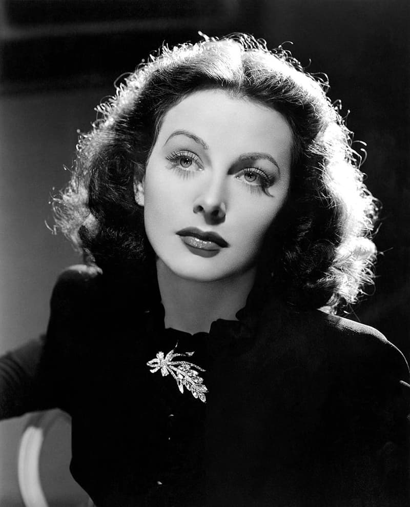 Society Story: Hedy Lamarr facts - frequency hopping