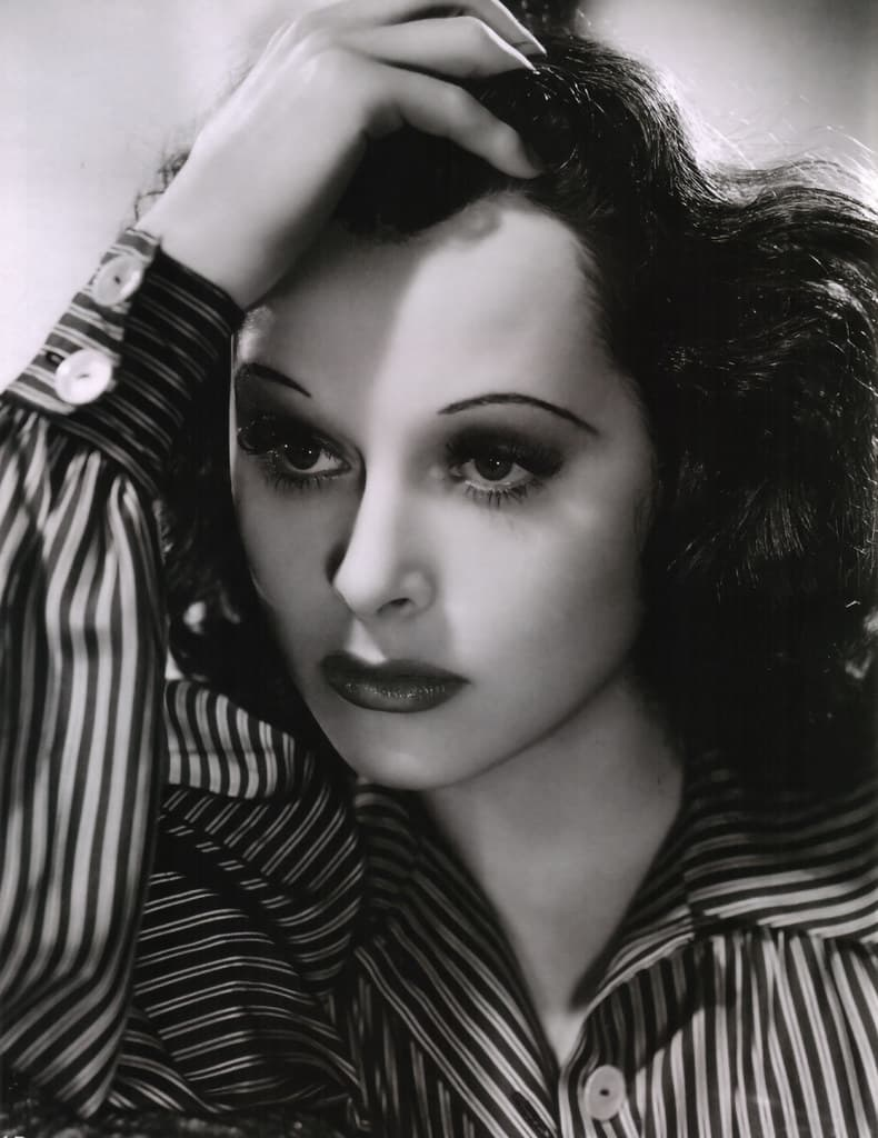 Society Story: unexpected facts about Hedy Lamarr - Hedy Lamarr inventor