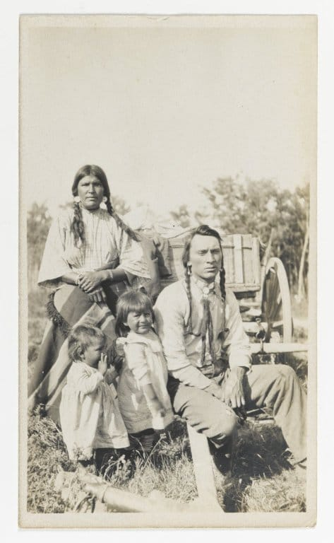 Culture Story: history of Native Americans society economy facts about Native Americans tribes USA