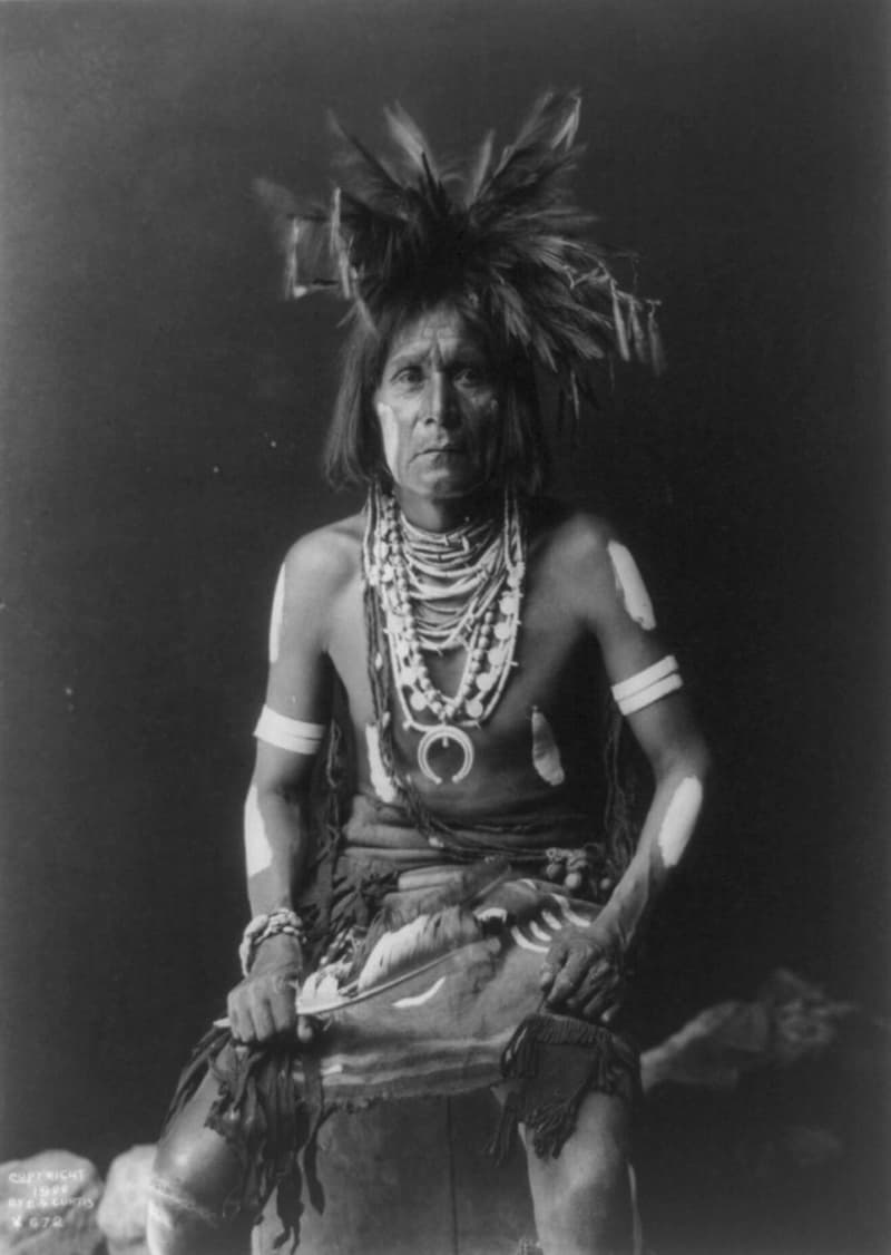 Culture Story: Native Americans medicine shaman Ayahuasca facts about Native Americans tribes USA