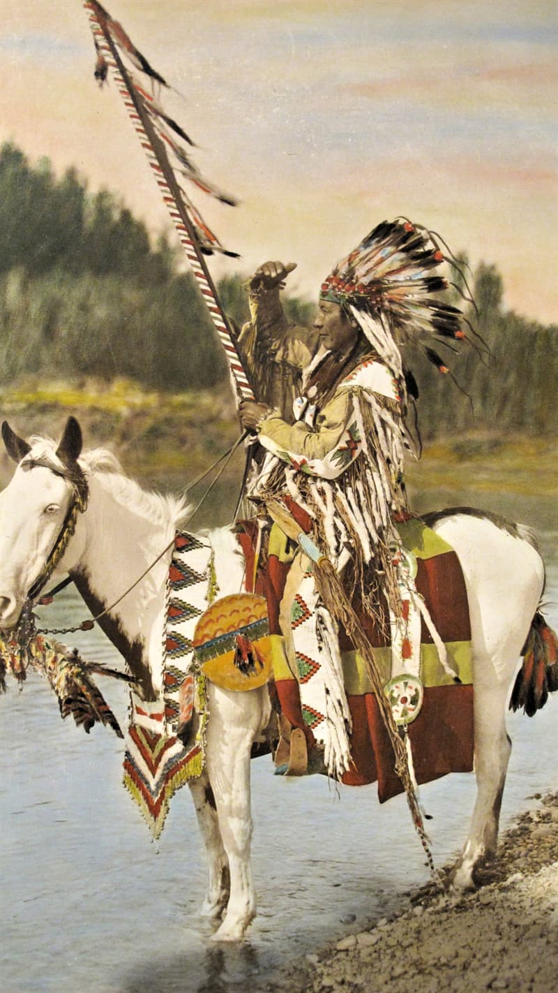 Culture Story: Tolerance society facts about Native Americans tribes USA