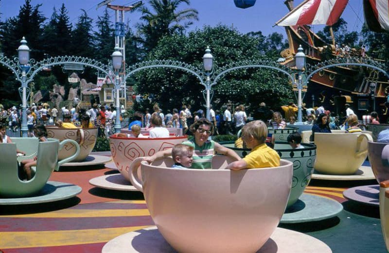 Culture Story: 1960 photos old photos old lifestyle history photo black and white aesthetic photos old vibe old school oldschool The Way We Were Disneyland