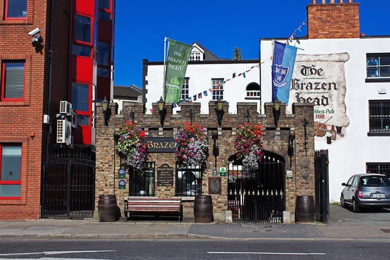 Geography Story: Brazen Head Pub Ireland