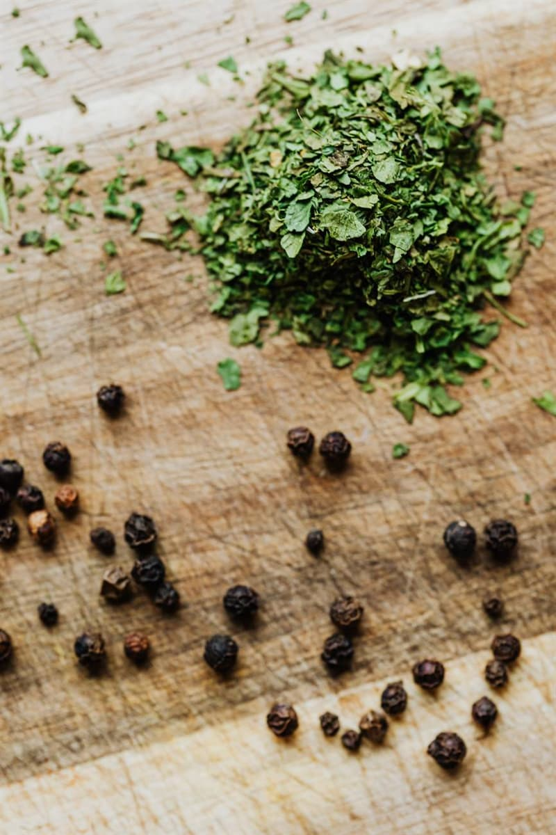Culture Story: #8 Create unique blends of dried herbs in your microwave