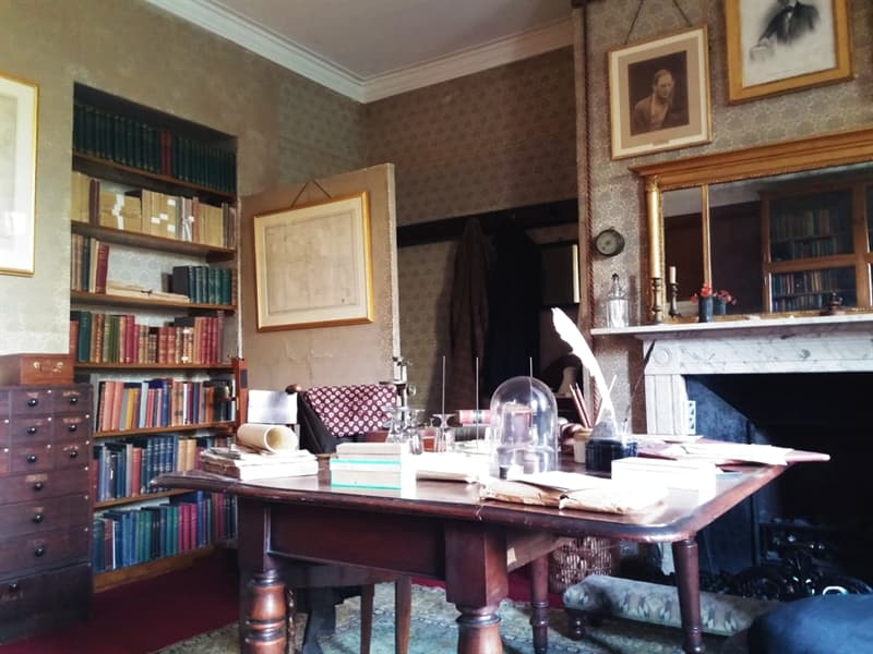 Culture Story: #4 Charles Darwin worked on his evolution theory and wrote the famous book 'On The Origin Of Species' in Down House, Kent village, UK