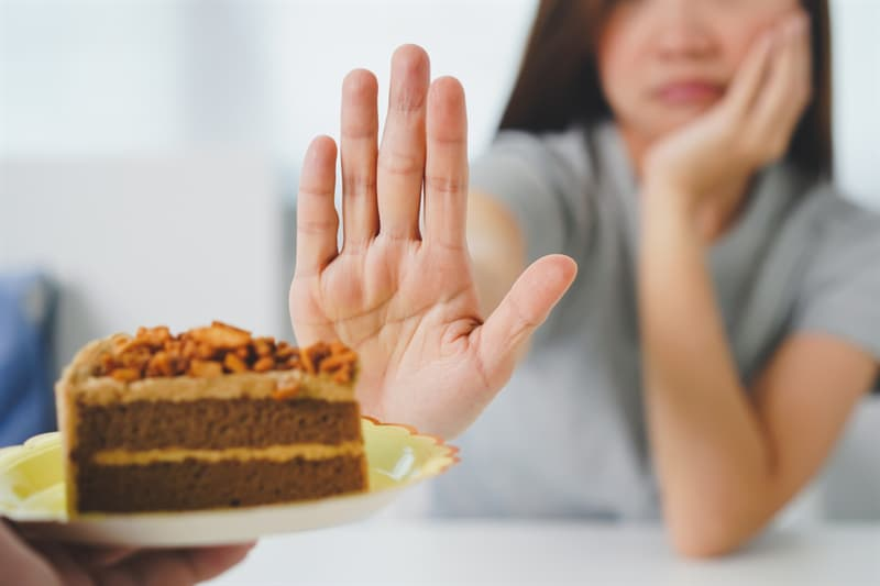 Society Story: #2 NEVER insist that your guests eat your food if they say they're full or seem to dislike it
