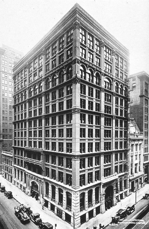 Історія Запитання-цікавинка: Де був побудований найперший в світі хмарочос зі сталевим каркасом?