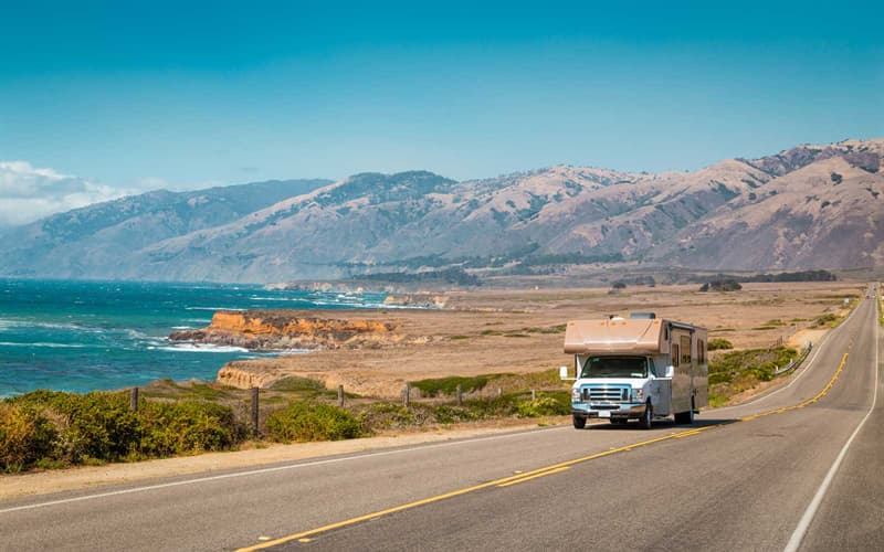 Geography Trivia Question: What Sea lies within the borders of California?