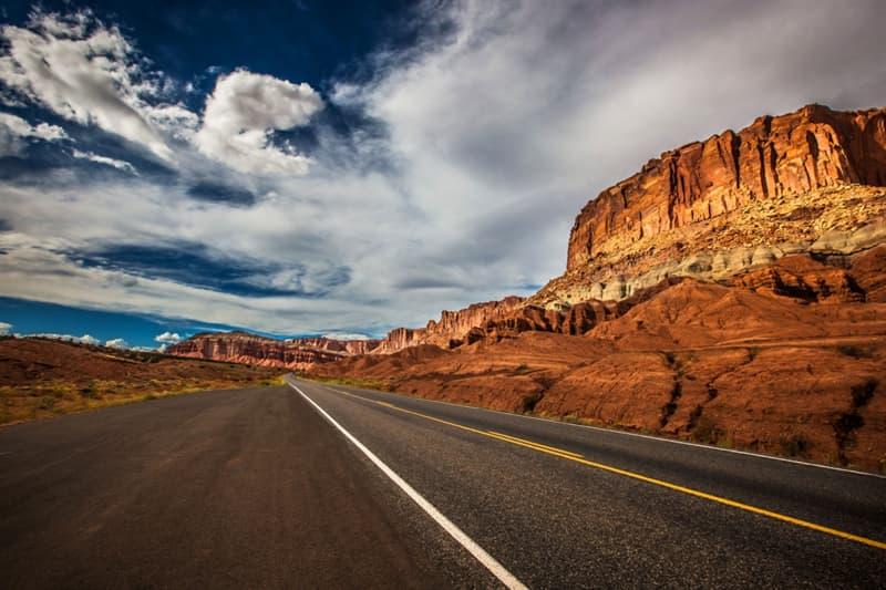 География Вопрос: Где находится географический центр всех 50 штатов территории США?
