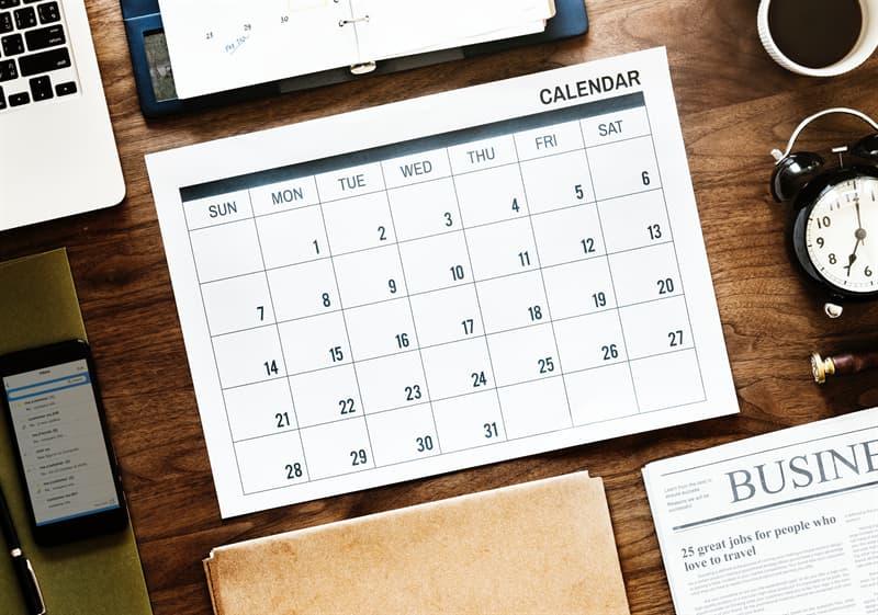 Історія Запитання-цікавинка: В якому році був введений «Радянський революційний календар»?