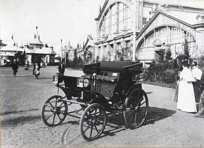 Історія Запитання-цікавинка: В якому році побачив світ перший російський автомобіль?