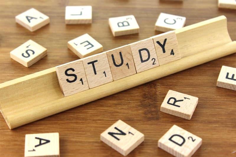 Наука Запитання-цікавинка: Що вивчає вексилологія?